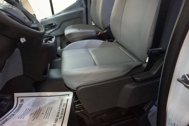 2018 Transit 250 Med Roof 4x2,  Empty Cargo Van #F864630 - photo 28
