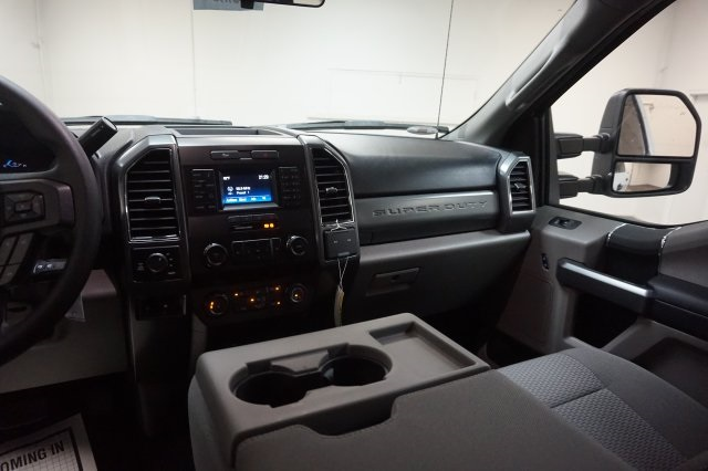 2019 F-250 Crew Cab 4x4,  Pickup #F967170 - photo 15