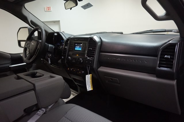 2019 F-250 Crew Cab 4x4,  Pickup #F967170 - photo 34