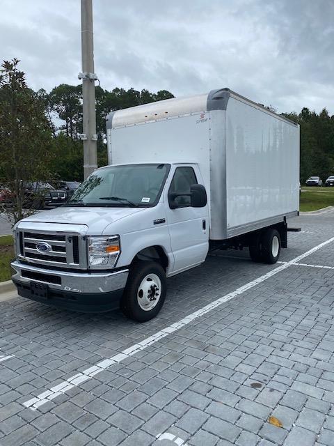 2021 Ford E-450 4x2, Supreme Cutaway Van #210016 - photo 1