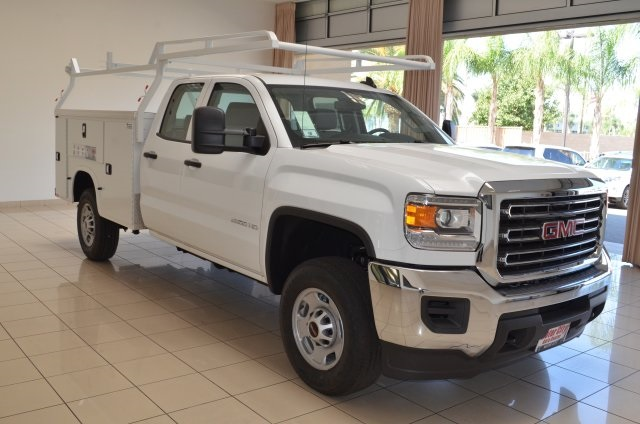 Gmc service body trucks bakersfield ca for Motor city gmc service department