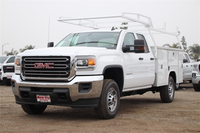 2019 Sierra 2500 Double Cab 4x2, Harbor TradeMaster Service Body #C19208 - photo 4