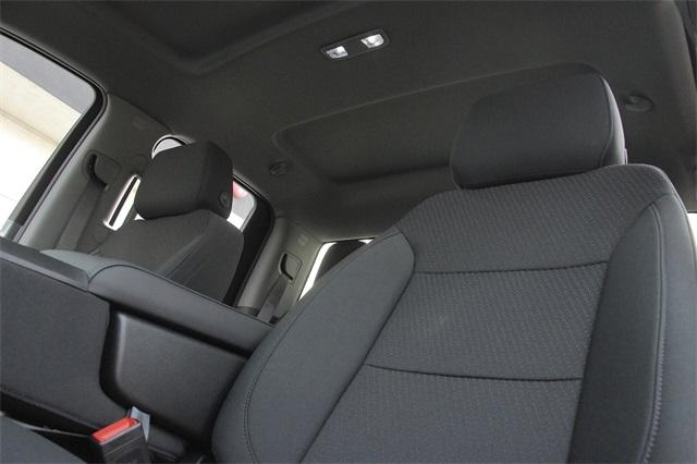 2020 GMC Sierra 2500 Double Cab 4x2, Royal Service Body #C20076 - photo 14
