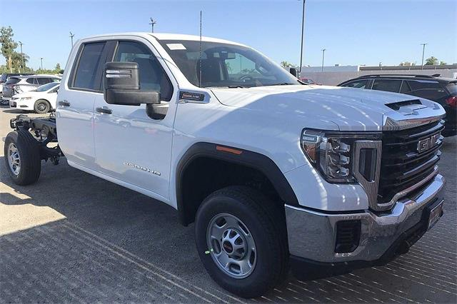 2021 GMC Sierra 2500 Double Cab 4x2, Cab Chassis #C21062 - photo 2