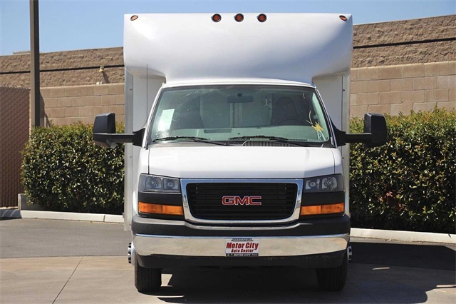 2020 GMC Savana 3500 4x2, Supreme Spartan Service Utility Van #G200672 - photo 5