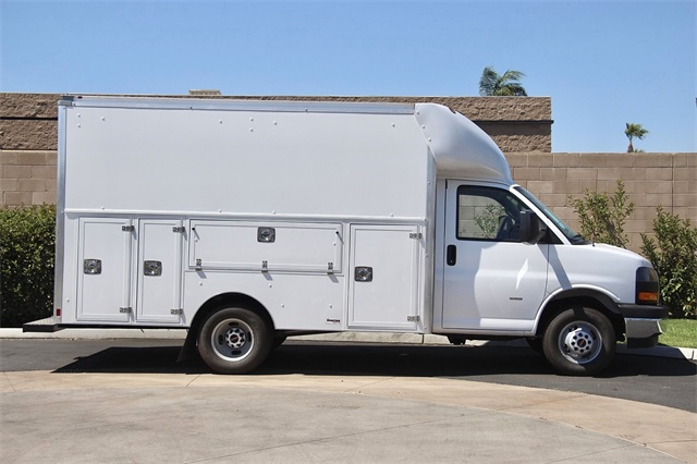 2020 GMC Savana 3500 4x2, Supreme Spartan Service Utility Van #G200672 - photo 7