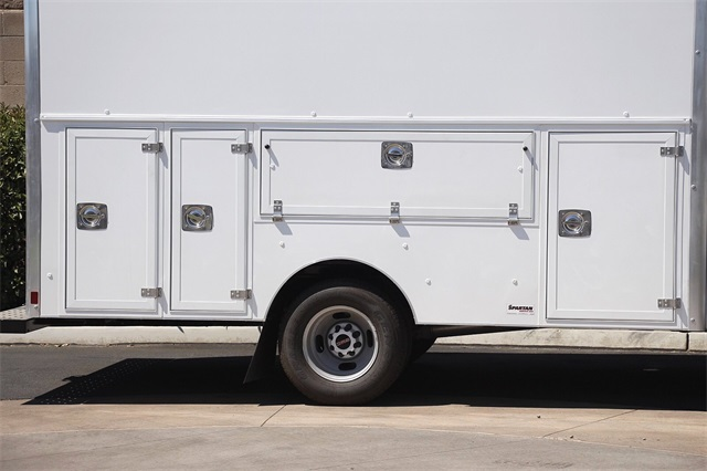 2020 GMC Savana 3500 4x2, Supreme Spartan Service Utility Van #G200672 - photo 8