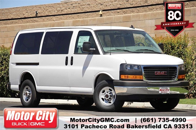 2020 GMC Savana 3500 4x2, Passenger Wagon #G200835 - photo 1