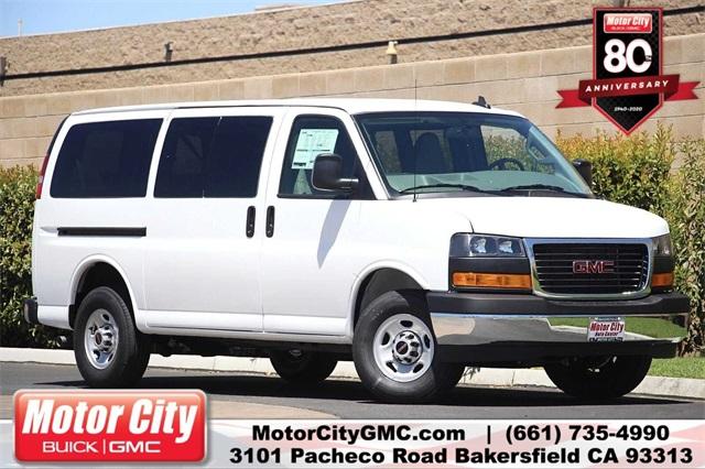 2020 GMC Savana 3500 4x2, Passenger Wagon #G200876 - photo 1