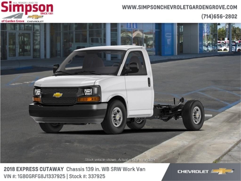 2018 Chevrolet Express 3500 4x2, Cutaway #337925 - photo 1