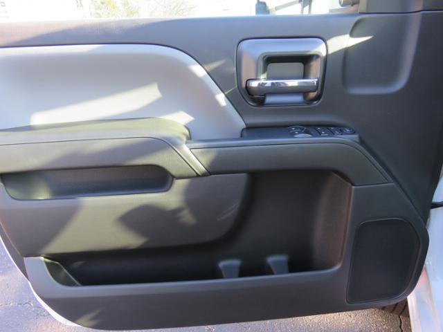2016 Silverado 3500 Regular Cab 4x4, Pickup #FJ1339 - photo 11