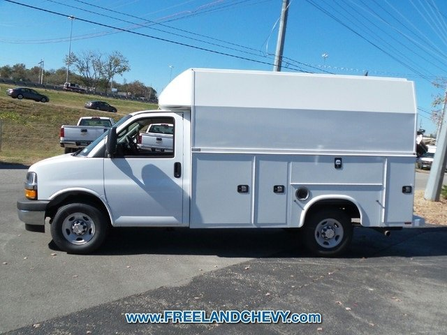2017 Express 3500, Knapheide Service Utility Van #FK1029 - photo 3