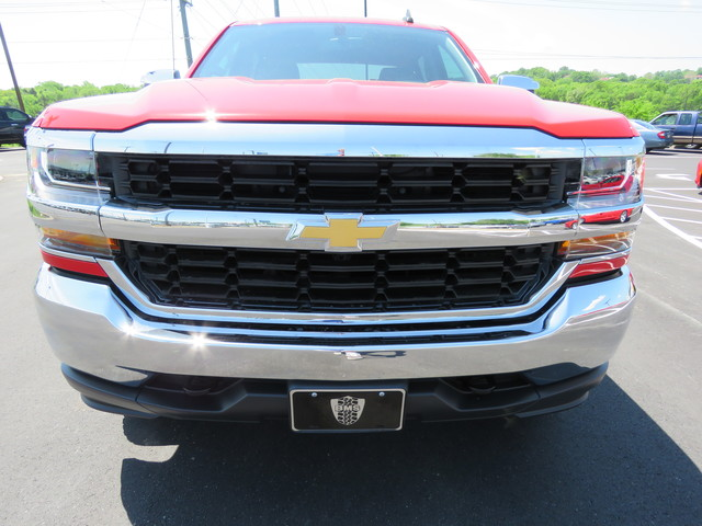 2017 Silverado 1500 Crew Cab 4x4,  Pickup #FK1052 - photo 8