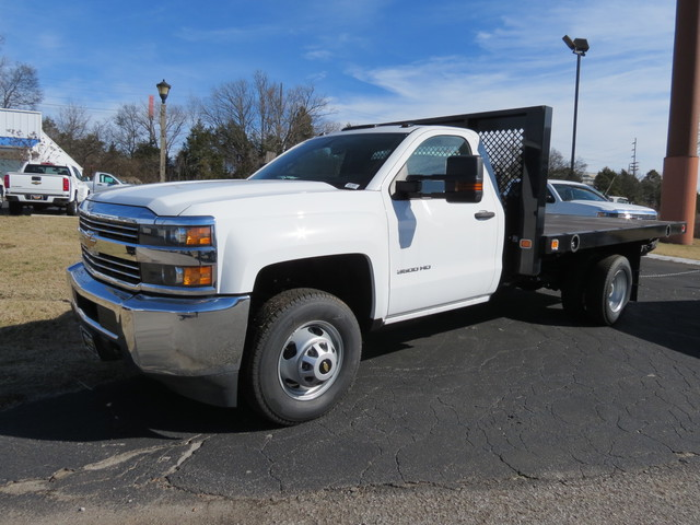 2017 Silverado 3500 Regular Cab DRW, Platform Body #FK1435 - photo 4