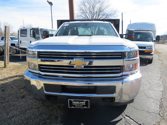 2017 Silverado 3500 Regular Cab DRW 4x2,  Knapheide Platform Body #FK1435 - photo 5