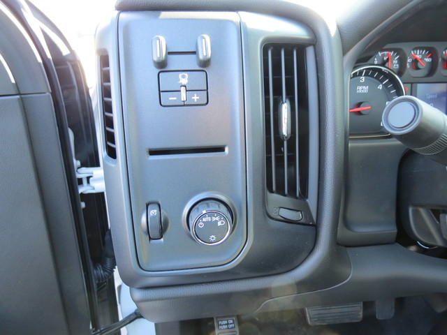 2017 Silverado 3500 Regular Cab DRW 4x4, Freedom Platform Body #FK1460 - photo 24