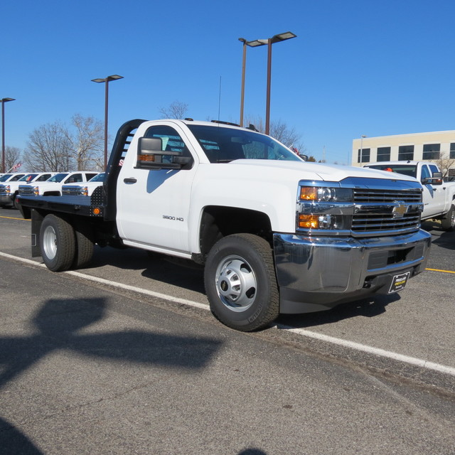 2017 Silverado 3500 Regular Cab DRW 4x4, Freedom Platform Body #FK1460 - photo 25