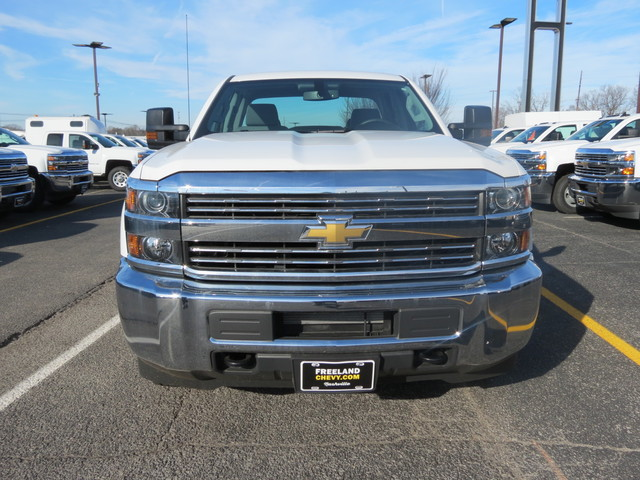2017 Silverado 2500 Double Cab, Cab Chassis #FK1474 - photo 8