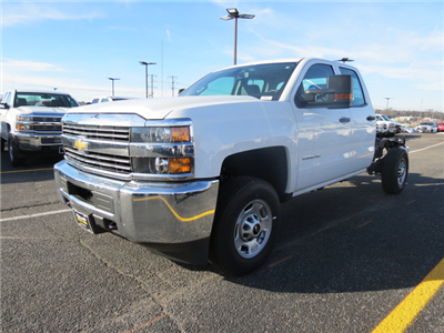 2017 Silverado 2500 Double Cab, Cab Chassis #FK1474 - photo 7