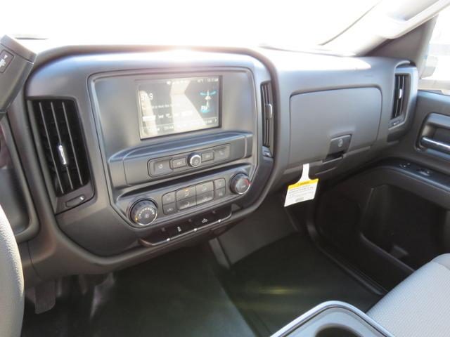 2017 Silverado 2500 Regular Cab 4x4, Reading SL Service Body #FK1484 - photo 19