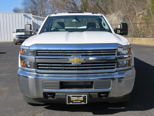 2017 Silverado 3500 Regular Cab DRW 4x4,  Palfinger Service Body #FK1485 - photo 8
