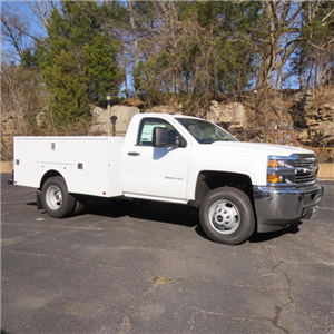 2017 Silverado 3500 Regular Cab DRW 4x4,  Palfinger Service Body #FK1485 - photo 19