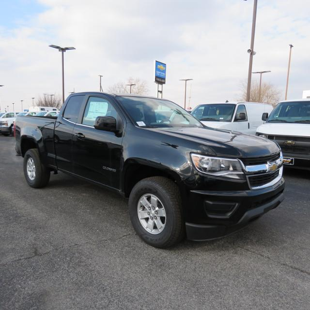 2017 Colorado Double Cab 4x2,  Pickup #FK1514 - photo 37