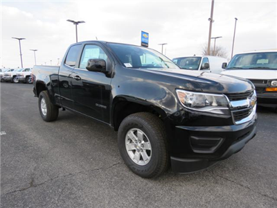 2017 Colorado Double Cab 4x2,  Pickup #FK1514 - photo 1