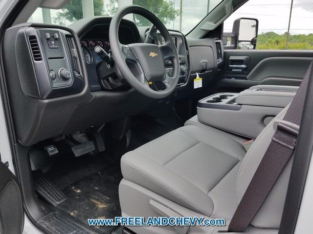 2017 Silverado 3500 Regular Cab DRW, Cab Chassis #FK1526 - photo 3