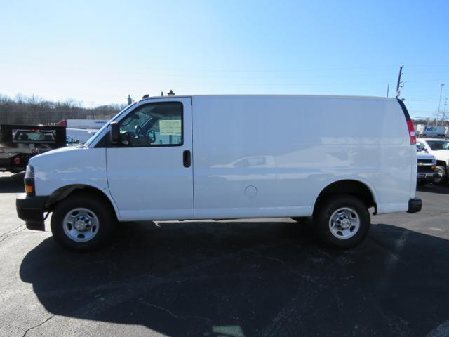 2017 Express 2500,  Empty Cargo Van #FK1682 - photo 8