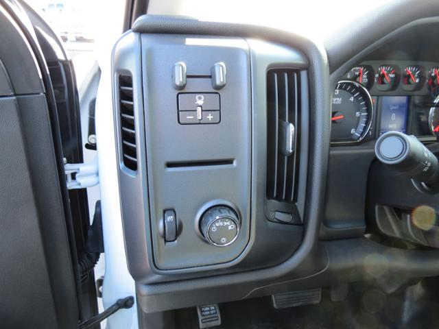 2017 Silverado 3500 Regular Cab DRW, Omaha Standard PALFINGER Platform Body #FK1732 - photo 17