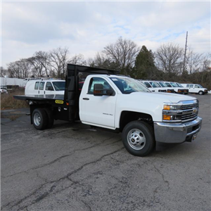 2017 Silverado 3500 Regular Cab DRW 4x4,  Palfinger Platform Body #FK1765 - photo 20