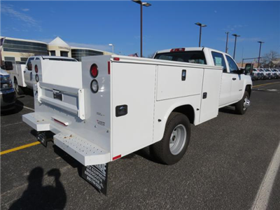 2017 Silverado 3500 Crew Cab DRW 4x4, Reading Classic II Steel Service Body #FK1784 - photo 2