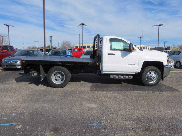 2017 Silverado 3500 Regular Cab 4x4,  Freedom Rodeo Platform Body #FK1929 - photo 3