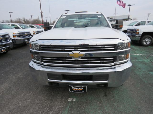 2018 Silverado 3500 Regular Cab DRW 4x2,  Hillsboro Platform Body #FL1104 - photo 11