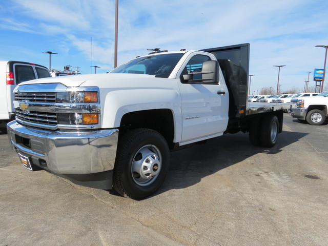 2018 Silverado 3500 Regular Cab DRW 4x4,  Freedom Platform Body #FL1154 - photo 7