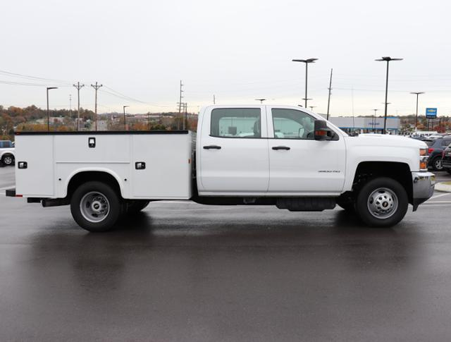 2017 Silverado 3500 Crew Cab DRW 4x2,  Service Body #HF207572 - photo 3
