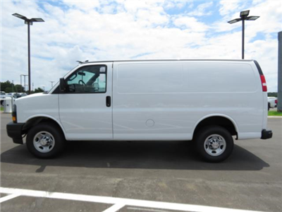 2018 Express 2500 4x2,  Empty Cargo Van #J1245729 - photo 9