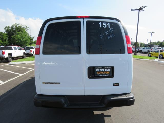 2018 Express 2500 4x2,  Empty Cargo Van #J1246926 - photo 6