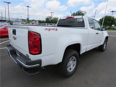 2018 Colorado Extended Cab 4x4,  Pickup #J1251052 - photo 5