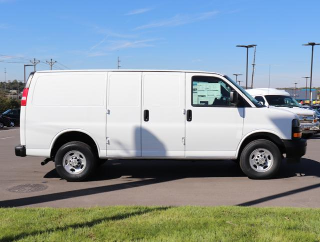 2018 Express 2500 4x2,  Upfitted Cargo Van #J1335509 - photo 4