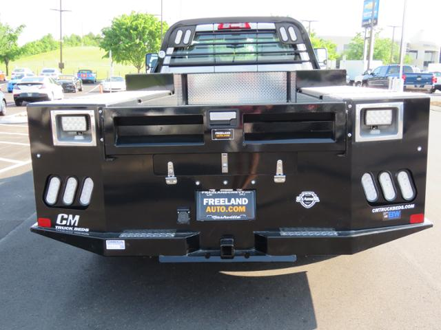 2018 Silverado 3500 Regular Cab DRW 4x4,  Hauler Body #JF211100 - photo 6