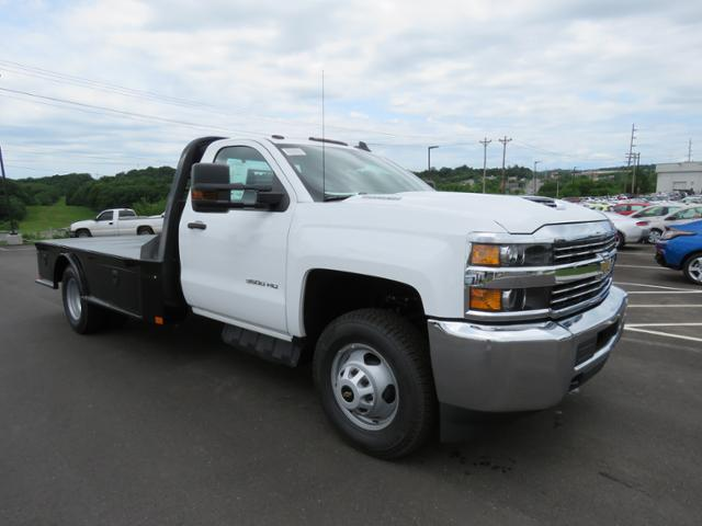 2018 Silverado 3500 Regular Cab DRW 4x2,  CM Truck Beds Platform Body #JF215762 - photo 3