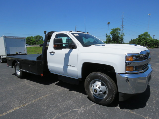2018 Silverado 3500 Regular Cab DRW 4x2,  Hauler Body #JF215945 - photo 3