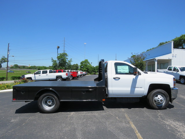 2018 Silverado 3500 Regular Cab DRW 4x2,  Hauler Body #JF215945 - photo 4