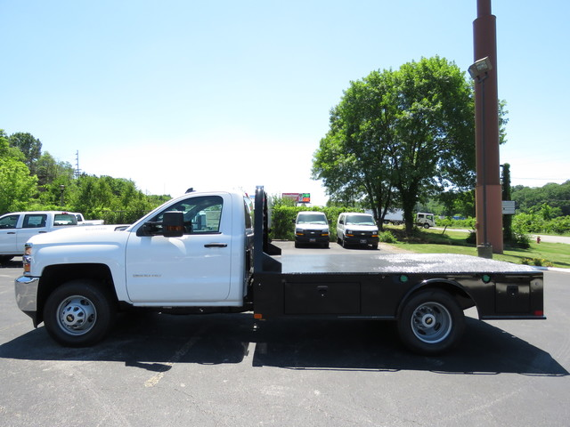 2018 Silverado 3500 Regular Cab DRW 4x2,  Hauler Body #JF215945 - photo 7
