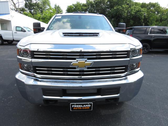 2018 Silverado 3500 Regular Cab DRW 4x4,  Reading SL Service Body #JF232145 - photo 9