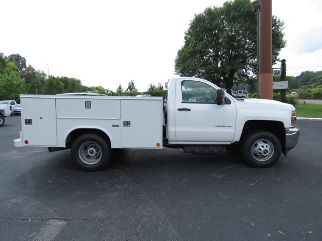 2018 Silverado 3500 Regular Cab DRW 4x4,  Reading SL Service Body #JF232145 - photo 4