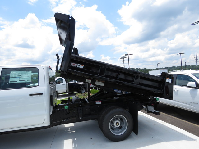 2018 Silverado 3500 Crew Cab DRW 4x4,  Rugby Dump Body #JF262522 - photo 12