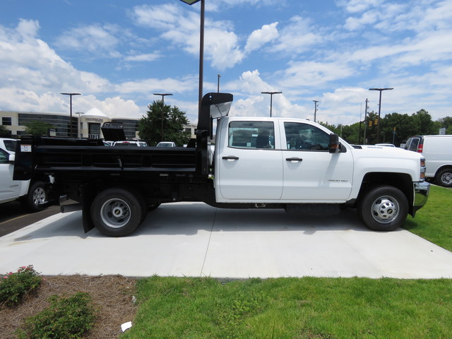 2018 Silverado 3500 Crew Cab DRW 4x4,  Rugby Dump Body #JF262522 - photo 4